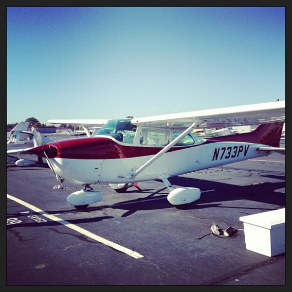 Flying lesson in a Cessna